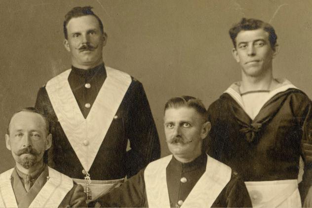 Gastvrijheid Lodge No113 founding officers (1915) ©Museum of Freemasonry