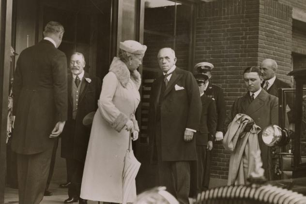 King George V and Queen Mary visit Royal Masonic Hospital 1933 ©Museum of Freemasonry, London