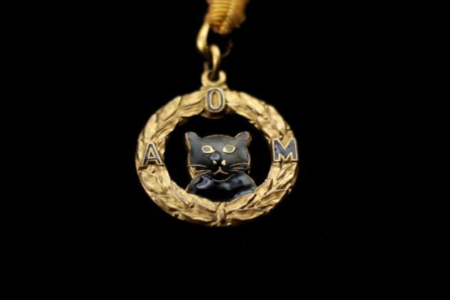 Black cat jewel ©Museum of Freemasonry, London