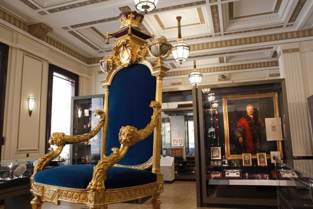 Three Centuries of English Freemasonry, North Gallery, Museum of Freemasonry
