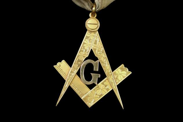 Past Master's collar jewel, Shamrock Lodge No 93, 1899  ©Museum of Freemasonry, London